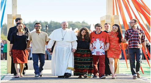 Римдик Папа Франциск католиктик жаштар менен
